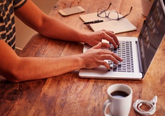 How To Use Your Company Blog to Generate Revenue
